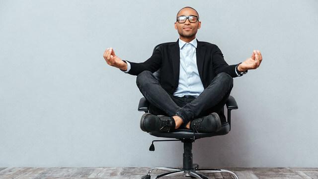 5 bienfaits du yoga sur votre vie de bureau